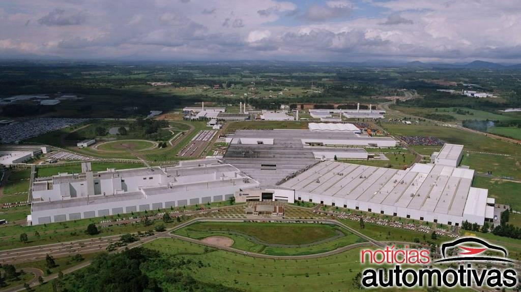 VW vai parar três fábricas por falta de semicondutores em junho